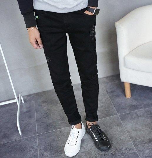韓國 牛仔 破褲  合身 褲 憋褲  窄褲  小腳褲 束腳