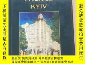 二手書博民逛書店THE罕見MOST FAMOUSHOTELS IN THE WORLD : PREMIER PALACE KYIV