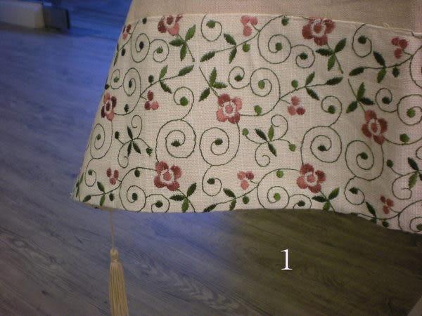 正方型桌巾~W110CM*L110CM~客廳小茶几或可搭配圓桌與長方桌使用~出清品