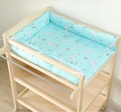 嬰兒實木尿布台撫觸台
