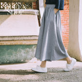 Queen Shop【04110083】配色細條紋後鬆緊腰寬鬆褲裙 S/M*預購*