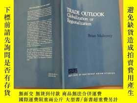 二手書博民逛書店TRADE罕見OUTLOOK Globalization of