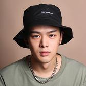 NEW BALANCE 漁夫帽 全黑 基本款 刺繡 漁夫帽 小LOGO (布魯克林) LAH13003BK