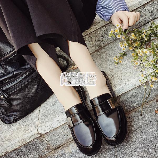 復古百搭小皮鞋女學院風漆皮學生單鞋