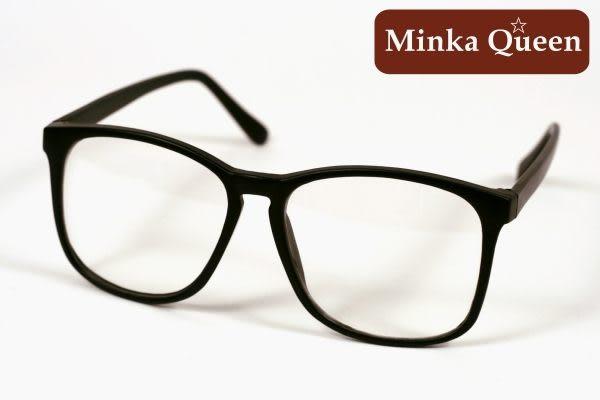 Minka Queen 霧黑色膠框(抗UV400)潮流必備個性百搭流行配光眼鏡