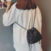 菱格水桶包包女潮韓版百搭手提斜挎小包 LQ5308『科炫3C』