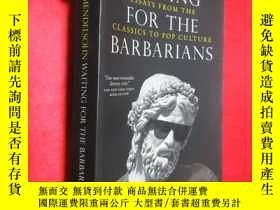 二手書博民逛書店Waiting罕見for the Barbarians: Ess