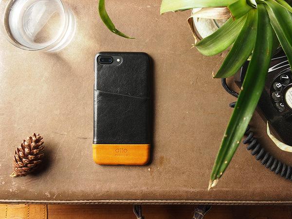 alto iPhone 8 Plus/iPhone 7 Plus真皮手機殼背蓋5.5吋 Metro - 渡鴉黑/焦糖棕【可加購客製雷雕】皮革保護套