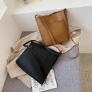 特賣 大容量包包女包新款韓版百搭單肩包時尚斜挎包洋氣復古水桶包