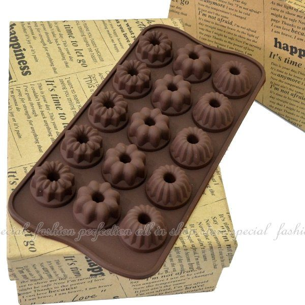 【DG264】15連戚風造型巧克力模 模具 模型 情人節巧克力造型★EZGO商城★