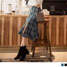 《CA1466-》毛呢質感格紋開衩中長裙...