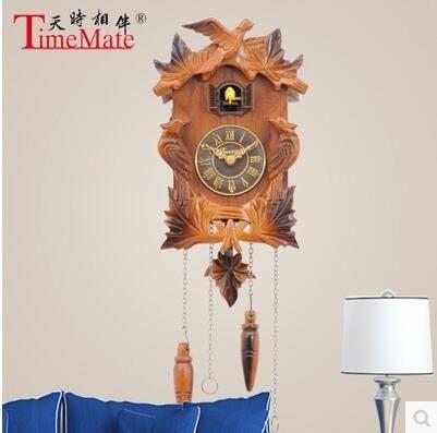 實木手工雕刻咕咕鐘客廳光控報時歐式黑森林風格布谷鳥擺鐘027(过渡色)