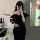 平口洋裝/一字領 大碼女裝2021新款胖MM修身氣質設計感連身裙女顯瘦小心機黑色裙子