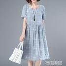 洋裝碎花連身裙女夏新款中長寬松休閒小個子媽媽清新遮肚子顯瘦裙 快速出貨