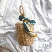 Ins新款草編水桶包海邊度假包手提沙灘包圓筒包小清新復古編織包 滿天星