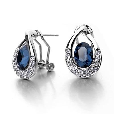 耳環 925純銀鑲鑽-復古時尚生日情人節禮物女耳針2色73gt83【時尚巴黎】