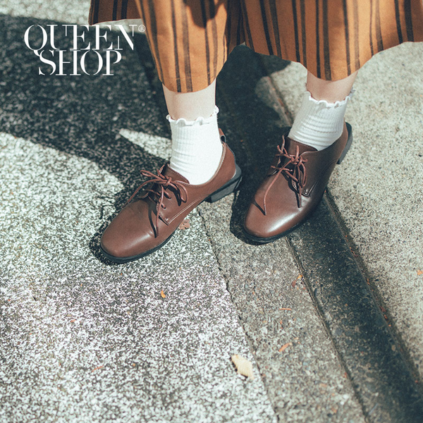 Queen Shop【05010349】基本百搭素色綁帶皮鞋 兩色售 36-40*現+預*