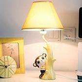 猴子小臺燈臥室床頭燈溫馨可調光LED燈泡創意兒童房可愛暖光男孩LVV5790【大尺碼女王】TW