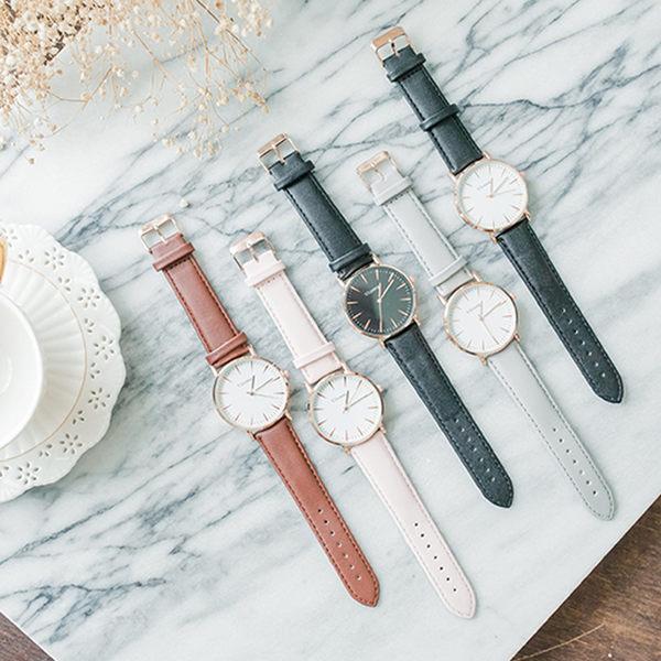素面簡約皮革錶帶手錶[W135]