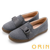 ORIN 復古樂活主義 雙材質拼接雙圓飾釦平底休閒鞋-灰色