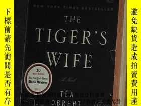 二手書博民逛書店英文原版罕見The Tiger s Wife by Téa Obreht 著Y278082 Téa Obreh