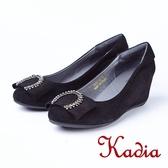 kadia.時尚百搭羊絨圓弧鑽飾扣楔型鞋(8521-93黑色)