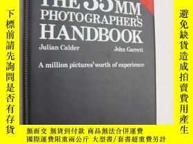 二手書博民逛書店The罕見35mm Photographer s Handboo