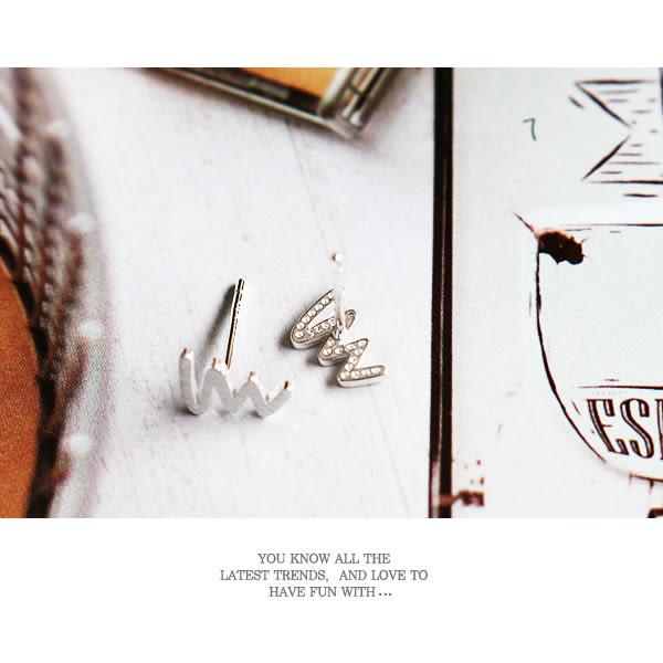 925純銀 磨砂塗鴉閃電 針式耳環_質物日誌Journal