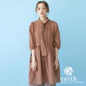 ❖ Autumn ❖ 領口綁結設計泡泡袖雪紡連身洋裝 - earth music&ecology