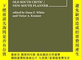 二手書博民逛書店Olmsted罕見South: Old South Critic