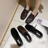 小皮鞋女英倫風新款冬季軟皮黑色鞋子女韓版百搭復古平底單鞋XL2652【愛尚生活館】