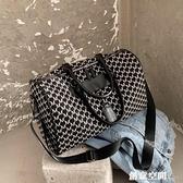 新款手提旅行女男短途旅游包包大容量輕便行李袋女超大運動收納 創意新品