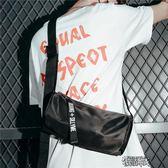 男包包單肩包男街頭斜挎簡約防水個性飛包 街頭布衣
