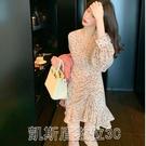 洋裝法式復古長袖碎花連身裙2021流行女裝新款春款雪紡v領褶皺碎花裙 【快速出貨】