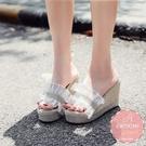 楔型涼鞋 乾燥花色甜美度假風水鑽蝴蝶結 厚底涼鞋*KWOOMI-A51