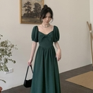 2021新款法式宮廷復古泡泡短袖v領綠色收腰顯瘦氣質洋裝子女夏 黛尼時尚精品