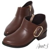 Ann'S超顯瘦深V口寬版橢圓金扣粗跟短靴-咖啡
