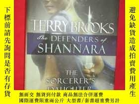 二手書博民逛書店The罕見Sorcerer s Daughter: The De