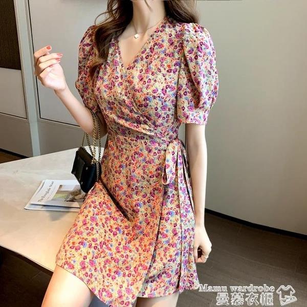 雪紡洋裝 2021夏季新款韓版收腰顯瘦雪紡短裙小碎花系帶不規則氣質連身裙女【618 購物】