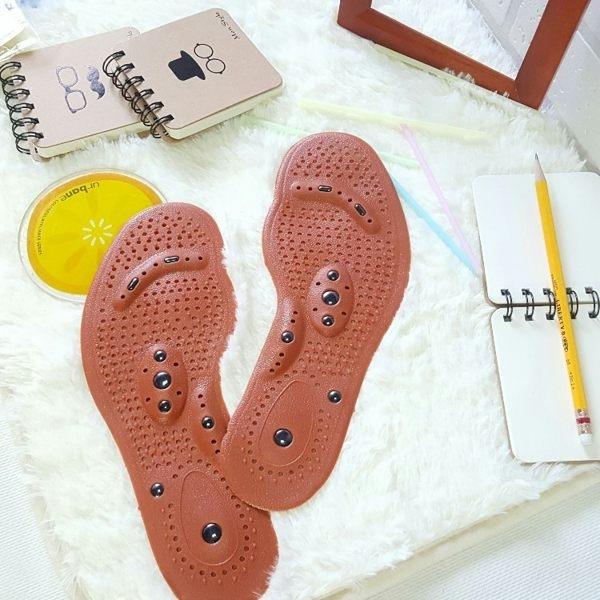 鞋墊   16顆磁石按摩鞋墊(男女款) 磁石按摩 防臭 透氣 減震休閒/運動/隨意剪裁  【IAA009】-收納女王