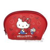 〔小禮堂﹞Hello Kitty 皮革拉鍊化妝包《紅.側坐.拿蝴蝶結》收納包 4712937-66852
