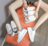 秒殺價春款小白鞋女新款百搭冬季女鞋子女秋款板鞋休閒厚底潮鞋
