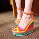 厚底涼鞋 潮流女式涼鞋波西米亞明族風彩虹橋厚底超高跟坡跟鬆糕鞋拼色女鞋