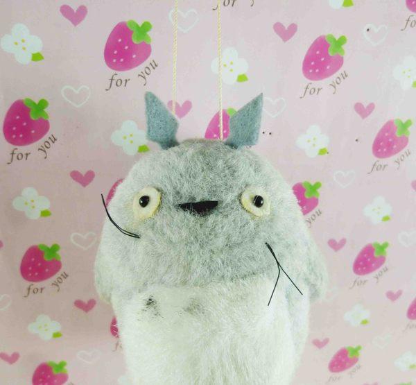 【震撼精品百貨】となりのトトロTotoro_造型吊飾-淺灰龍貓