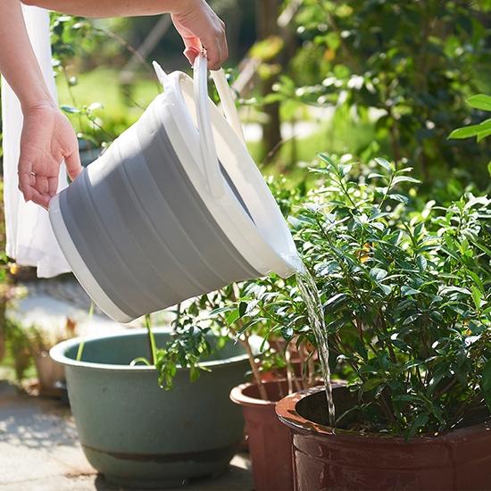 手提水桶 提桶 水桶 可伸縮 釣魚桶 可折疊 收納桶 折疊桶 小 折疊式 手提水桶【S062】生活家精品