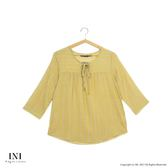 【INI】美感品味、直條圖騰舒適上衣.黃色
