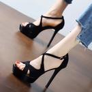 魚口鞋 黑色性感交叉一字扣帶涼鞋女夏2021新款歐美防水臺細跟魚嘴高跟鞋