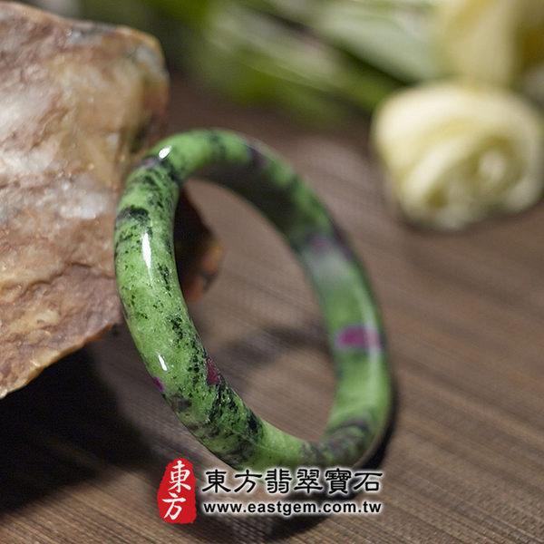 紅綠寶玉鐲(綠色帶紫色黑色,圓鐲19)HG005產地嚴選紅綠寶,手工精雕,訂製珠寶。附玉石雙證書
