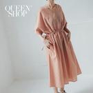 Queen Shop【01084841】V領格紋腰綁帶洋裝 兩色售*現+預*