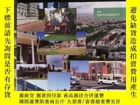 二手書博民逛書店Building罕見Our Sustainable Cities